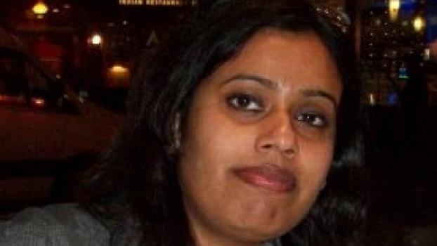 அறிமுகம் | காயத்திரி றொஷான் | கேக் அலங்காரம் செய்பவர்
