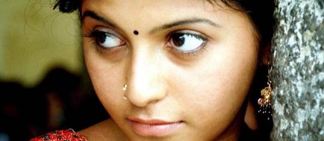 சித்தி மீது நடவடிக்கை எடுக்கக் கோரி நீதிமன்றத்தில் நடிகை அஞ்சலி மனு