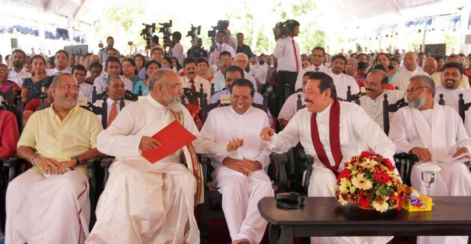முதலமைச்சர் சி.வி.விக்னேஸ்வரனின் கூற்றுக்களுக்கு பதிலளிக்க  நான் விரும்பவில்லை | ஜனாதிபதி (படங்கள் இணைப்பு)