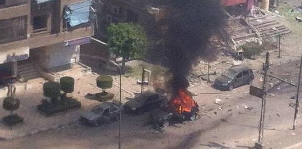 எகிப்தில் அடுத்தடுத்து குண்டு வெடிப்புகள் : 5 பேர் பலி