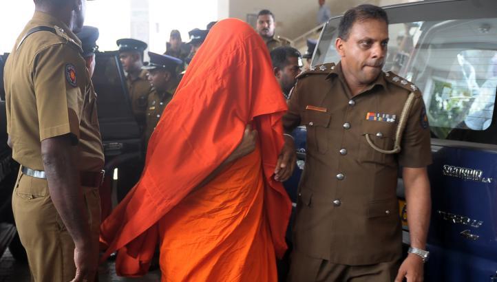 பௌத்த பிக்குமார் 7 பேருக்கு பிணை
