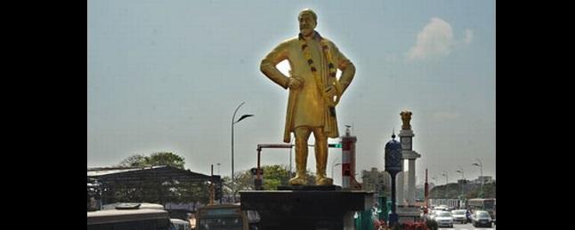 சிவாஜி சிலை விவகாரம்: அரசின் முடிவை எதிர்நோக்கும் சிவாஜி குடும்பத்தினர்