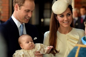 The-Duke-and-Duchess-of-Cambridge-with-their-son-Prince-George-2483942