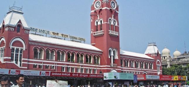 சென்னை சென்ரல் ரயில் நிலையத்தில் இரு குண்டுகள் வெடிப்பு: ஒரு பெண் பலி, இருவர் கவலைக்கிடம், 10 பேர் படுகாயம்