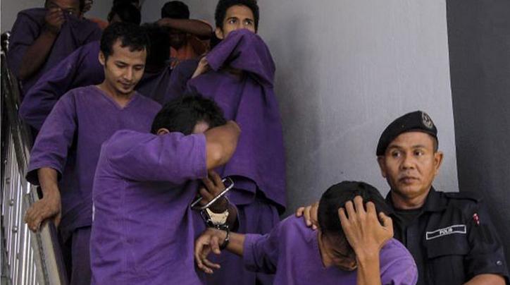 மலேஷியாவில் துயர சம்பவம்   15 வயது சிறுமி 38 பேரால் பாலியல் துஷ்பிரயோகம்
