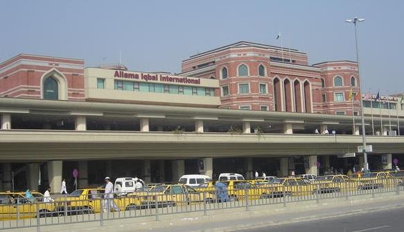 மோசமான விமான நிலையம் பாகிஸ்தானுக்கு முதலிடம் அமெரிக்காவுக்கு 10ம் இடம்