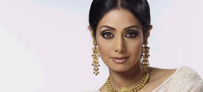 20 வருடங்களுக்கு பின் தமிழ் படத்தில்  ஸ்ரீதேவி விஜய்யுடன் நடிக்க ஒப்பந்தமாகியுள்ளார்