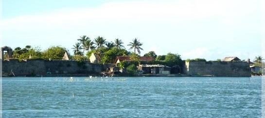 மன்னார் சாந்திபுர கிராம பாடசாலை புனர் நிர்மானம்
