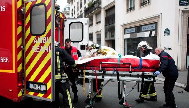 பிரான்ஸ் பத்திரிகை அலுவலகத்தில் கொடூரச் செயல் | 12 பேர் பலி