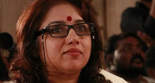 நடிகை ரேவதி சில வருட இடைவெளியில் இயக்குனராக