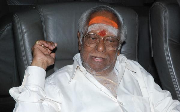 இசையமைப்பாளர் எம்.எஸ்.விஸ்வநாதன் மருத்துவமனையில் அனுமதி