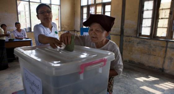 நவம்பர் மாதத்தில் மியான்மர் பாராளுமன்றத் தேர்தல்