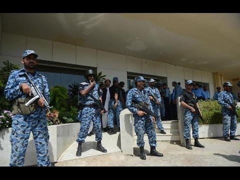 தற்கொலைத் தாக்குதல் | பாகிஸ்தான் விமான தளத்தில் 26 வீரர்கள் உள்பட 42 பேர் சாவு