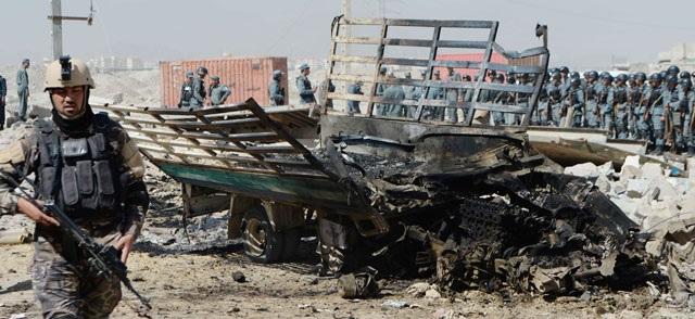 தலிபான் தீவிரவாதிகள் ஆப்கானிஸ்தானில் தாக்குதல் 50 பேர் பலி