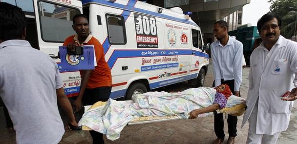 சென்னையில் மின்சாரமின்றி செயற்கை சுவாசம் தடை  18 பேர் பலி
