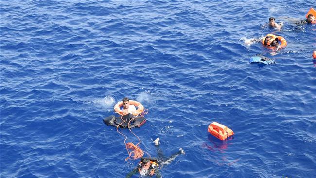படகில் இருந்த 21 பெண்கள் நீரில் மூழ்கி உயிரிழப்பு   லிபியா