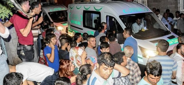 திருமண விழாவின் போது நடந்த குண்டுவெடிப்பில் 30 பேர் பலி-துருக்கி