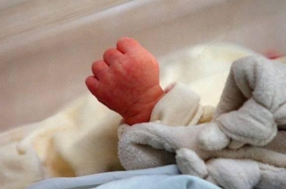 பிறந்த குழந்தையை புதைக்க இடுகாடு சென்ற போது குழந்தை அழுதது | வங்காளதேசம்