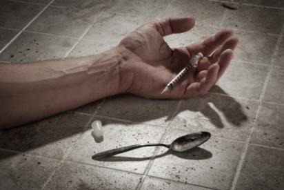 போதை மருந்து பழக்கத்தால் ஆண்டுக்கு 50,000 அமெரிக்கர்கள் இறப்பு