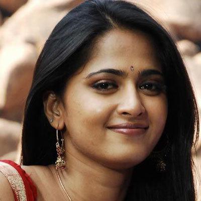 ஓட்டல் தொழிலில் முதலீடு செய்கிறார் | அனுஷ்கா