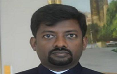 வாள்வெட்டு குழுவுக்கு வடமாகாண சபை உறுப்பினர் சயந்தன் ஆதரவு.