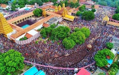 மக்கள் பிடைசூழ நல்லூர் கந்தசுவாமியின் தேர்த்திருவிழா!