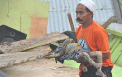 இந்தோனேசியாவில் சுனாமியால் உயிரிழந்தவர்கள் எண்ணிக்கை 384 ஆக உயர்வு