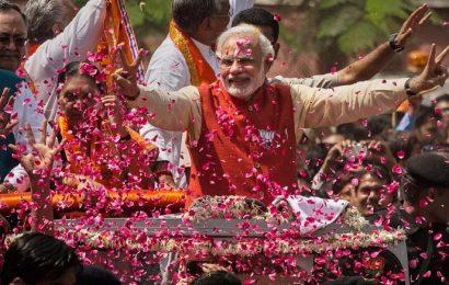 பாஜக மோடி தலைமையில் வெற்றி.