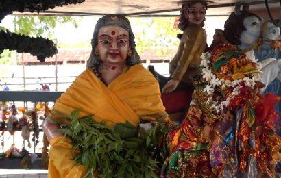 பலத்த பாதுகாப்பு மத்தியில்வற்றாப்பளை கண்ணகி அம்மனுக்கு பொங்கல்