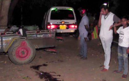 இலங்கையில் கோர விபத்து : பெண்கள் உட்பட 5 பேர் பலி!