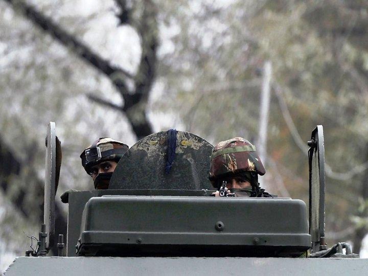 லஸ்ஸிபோரா பகுதியில் 4 பயங்கரவாதிகள் சுட்டுக்கொலை!