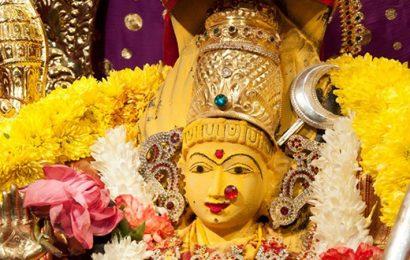 லட்சுமிதேவிக்கு விரதம் அனுஷ்டிக்கும் தினங்கள்.