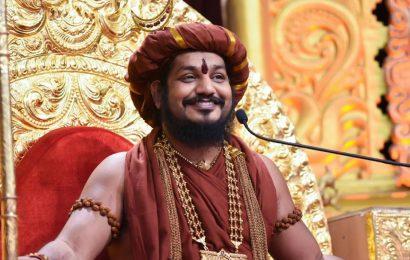 லிங்கத்தை திருடியதாக நித்தியானந்தா மீது குற்றச்சாட்டு